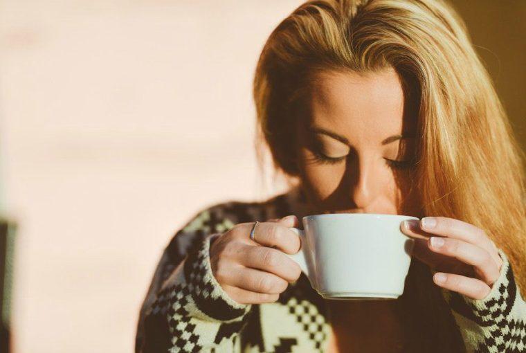 ¿Tomas el café sin azúcar? La ciencia asegura que eres malvada