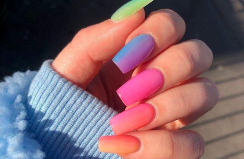 Uñas Arcoiris La Tendencia Más Colorida Y Divertida De Este
