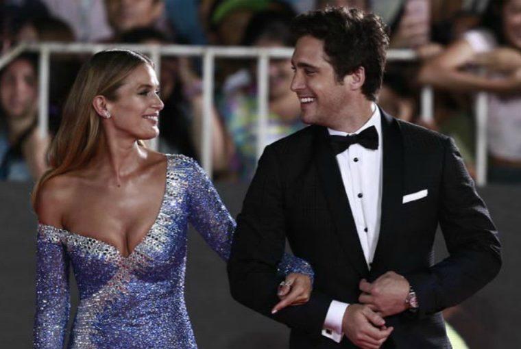 Diego Boneta disfruta de unas románticas vacaciones con su novia