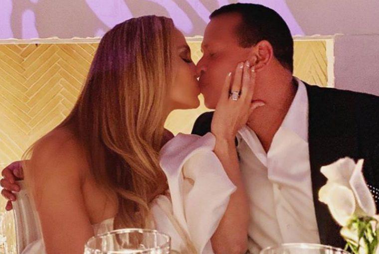Jennifer Lopez celebra su fiesta compromiso con ARod