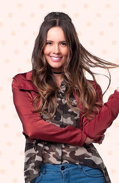 Alejandra Ávila es MILAGROS VICTORIA