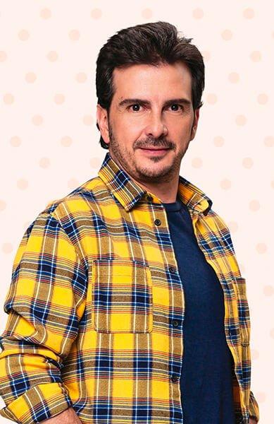 Carlos Camacho es ANTONIO JOSÉ PERDOMO (TOÑO)