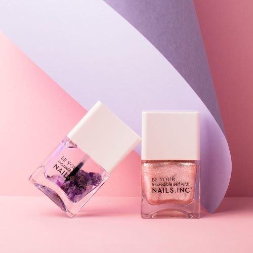 Luce y siente unas uñas de impacto con lo nuevo de Nails.INC