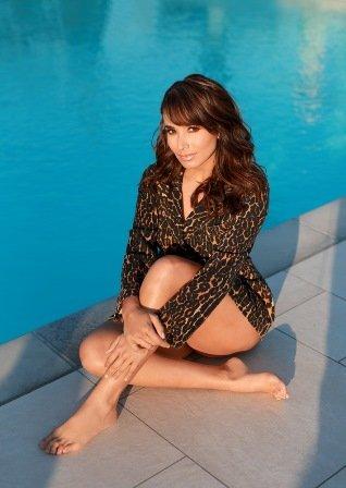 Majida Issa desborda sensualidad en la portada de la revista Imagen Miami