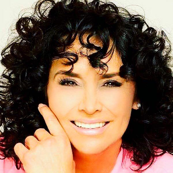 Mayra Rojas es Dora Sánchez