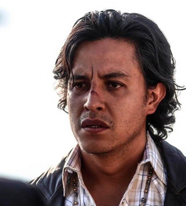 Edison Ruíz como Tacho Guadaña en El Dragón, serie de netflix reparto y personajes