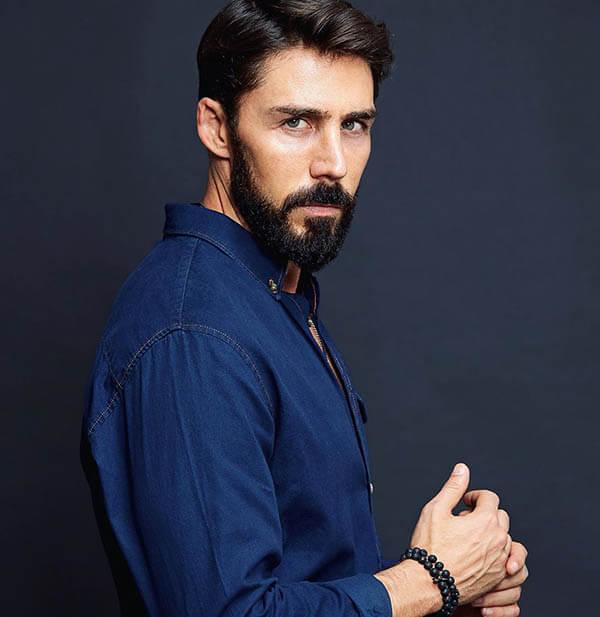 Rubén Sanz es Valentín Soria El Dragón serie Netflix elenco reparto y personajes