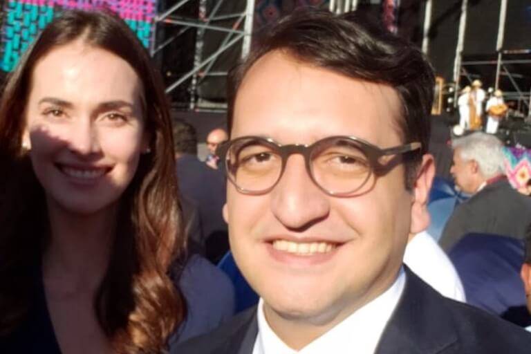 Irene Esser y Andrés Manuel López Beltrán