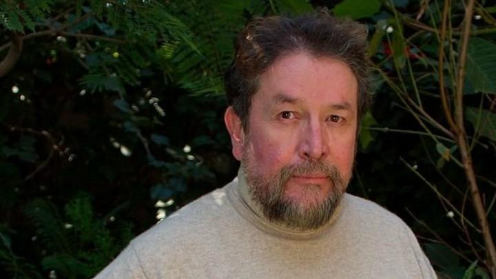 Luis Rábago es Agustín Carranza Monarca netflix serie