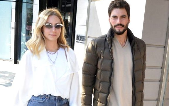 Quién es Akın Akınözü, el galán de la serie turca Hercai: amor y venganza de Telemundo