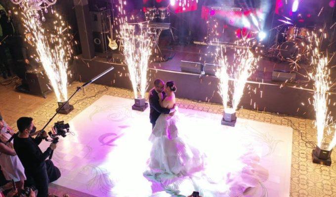 Daniela Alvarado en su boda 1